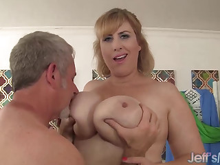 BBW MILF Lila Lovely riding adult Hawkshaw