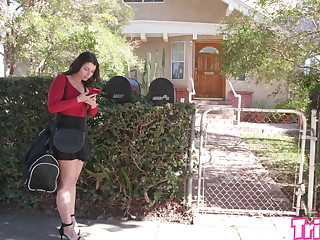 Trickery - Ivy Lebelle fucks a college student in his dorm