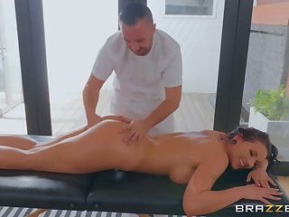 Jolee Love enjoys a massage before she gets fucked by a therapist