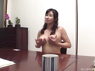 Sizzling Asian wants to fuck with horny stranger in the dark room