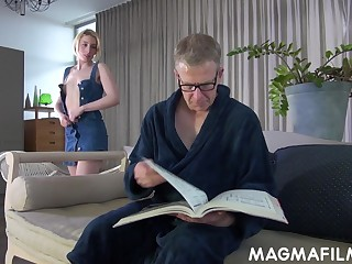 Elvira shows her stepdad a difficulty personal property and these two end up fucking