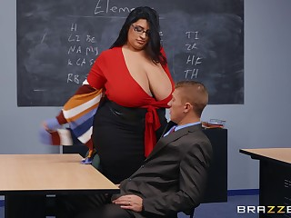 BBW tutor leaves younger hunk to end her scruffy vagina