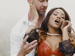 White dude with a monster dick fucks blackguardly pornstar Kiki Minaj