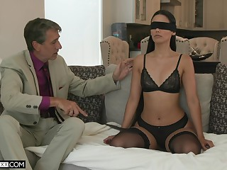 XXX young wife Andreina Deluxe is making love with her old insatiable husband
