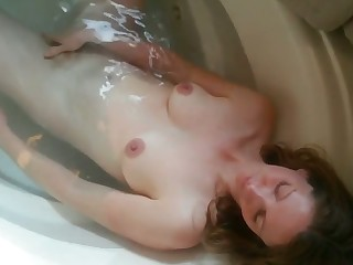 My wife loves apropos take a bath in front of me increased by she loves sucking my dick