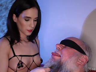 Exploitive old mendicant gets lucky and fucks charming brunette Nikki Fox
