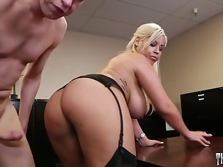 Bridgette B advent as a result hot when she's fucking