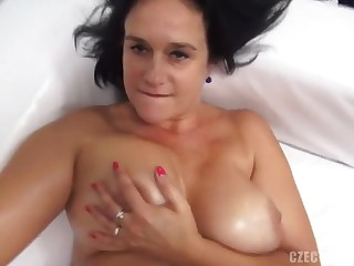 Milf Foetus Shows Knockers And Pussy - Porn Casting
