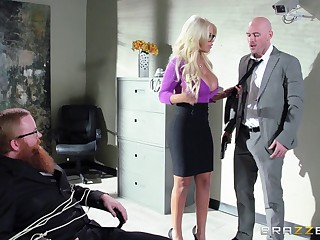 Boss with a huge member persuaded tow-haired penman for sex - Bridgette