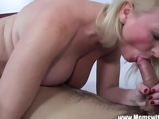 Stepmom Demands Anal Foreigner Lazy Son Coupled with Gets I