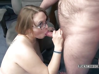 Chesty housewife Alexsis Sweet is down on the floor and getting say no to big ass fucked hard