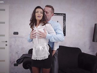 Sweet woman pleases the impoverish of the house with the best fuck in his life